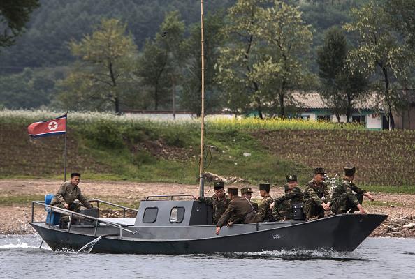 Ship「China's Border With North Korea」:写真・画像(6)[壁紙.com]