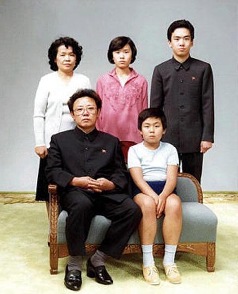 Family「Kim Jong Il & Family」:写真・画像(6)[壁紙.com]