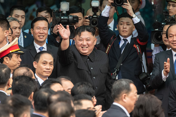 Kim Jong-Un「North Korean Leader Kim Jong-un Visits Vietnam」:写真・画像(19)[壁紙.com]