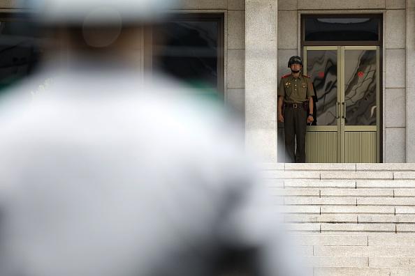Japan「Panmunjom On High Alert As Tension Rising After North Korea's ICBM Missile Launch」:写真・画像(6)[壁紙.com]