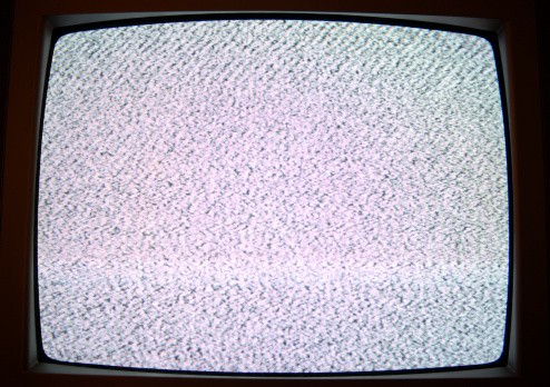 Concave「Static on TV」:スマホ壁紙(19)
