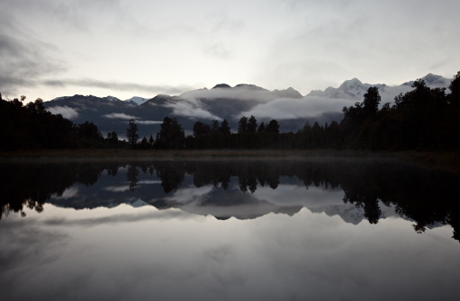 Mt Cook「Matheson Lake, New Zealand」:スマホ壁紙(5)