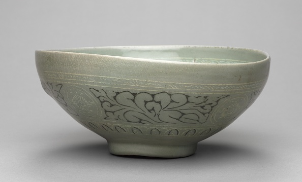 Chrysanthemum「Bowl With Inlaid Chrysanthemum And Lychee Design」:写真・画像(16)[壁紙.com]