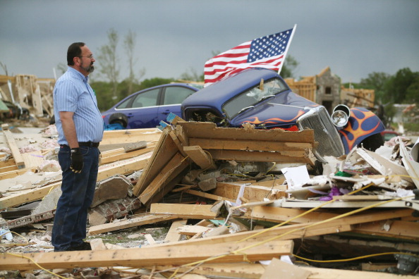 Damaged「Widespread Damage And Casualties After Tornadoes Rip Through South」:写真・画像(1)[壁紙.com]