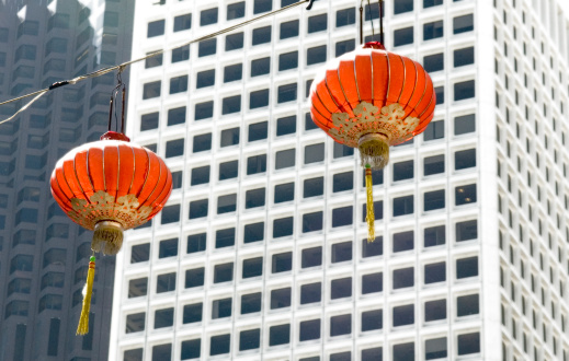 Chinese Lantern「Chinese lanterns against high-rise buildings」:スマホ壁紙(10)