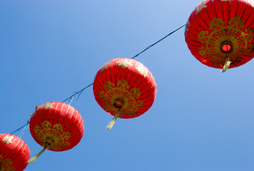 Chinese Lantern「Chinese lanterns against blue sky」:スマホ壁紙(13)