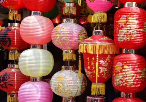 Chinese Lantern「Chinese lanterns in street market, Stanley, HK」:スマホ壁紙(7)