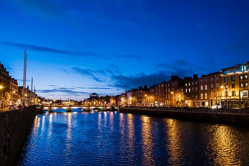 Liffey River - Ireland「Dublin by night - Ireland」:スマホ壁紙(14)