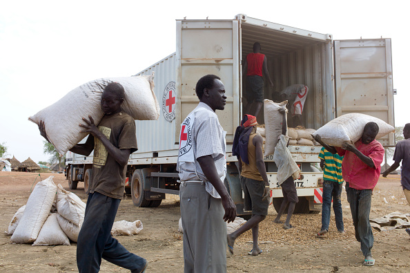 Tom Stoddart Archive「Farming Aid To South Sudan」:写真・画像(15)[壁紙.com]