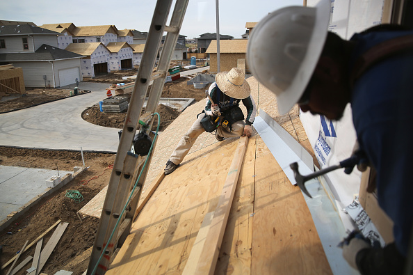 Construction Industry「New Housing Construction Benefits Immigrant Workers」:写真・画像(1)[壁紙.com]