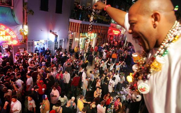 Bead「Mardi Gras Descends Upon New Orleans」:写真・画像(3)[壁紙.com]