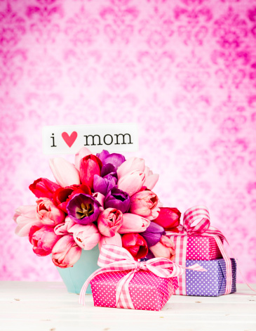 Mother's Day「Mother's Day Bouquet with Gifts」:スマホ壁紙(7)