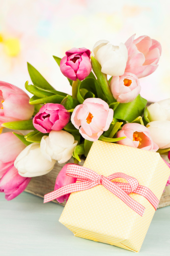 母の日「母の日や誕生日のブーケ、ギフト」:スマホ壁紙(10)