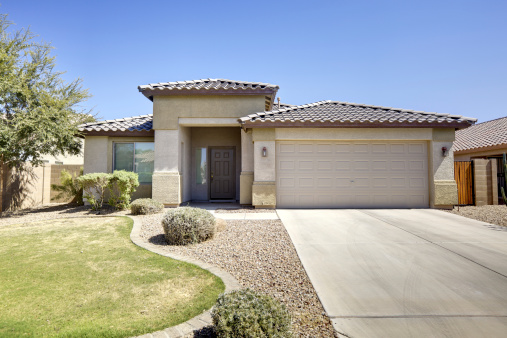 Front or Back Yard「Luxury Desert Home」:スマホ壁紙(12)
