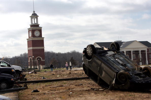 Tennessee「Swarm Of Tornadoes Leave Devastation Through Southern States」:写真・画像(15)[壁紙.com]