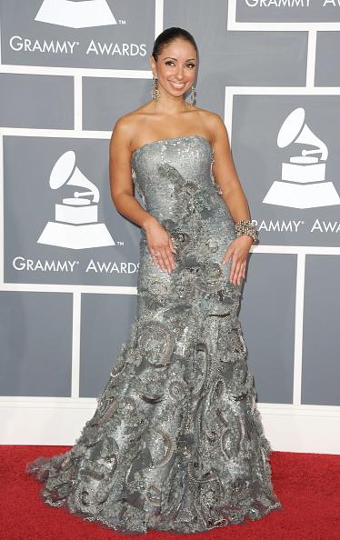 Strapless Dress「The 53rd Annual GRAMMY Awards - Arrivals」:写真・画像(11)[壁紙.com]