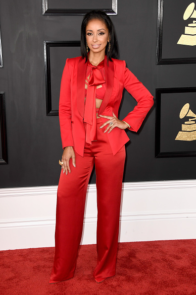 Singer「The 59th GRAMMY Awards - Arrivals」:写真・画像(8)[壁紙.com]