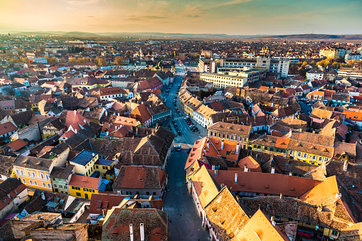 Romania「Old town and city skyline of Sibiu in Transylvania, Romania」:スマホ壁紙(13)
