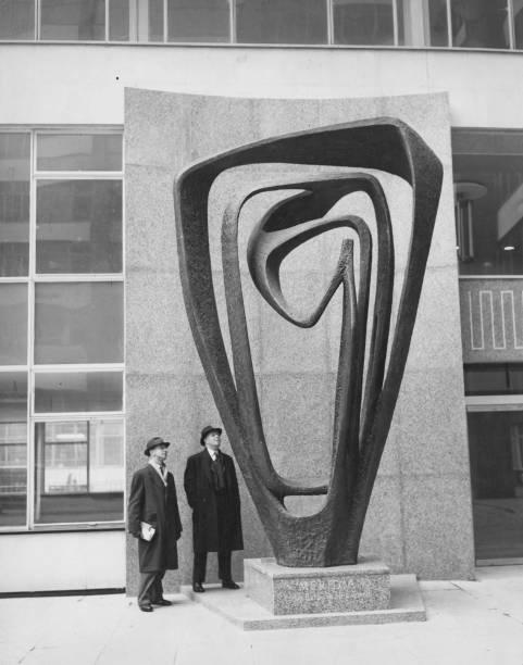 Sculpture「Hepworth's Meridian」:写真・画像(17)[壁紙.com]
