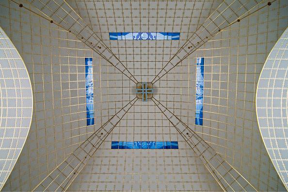 アールヌーボー「Otto Wagner; Church 'St.Leopold' Steinhof; View Of The Dome With Blue Glass Windows」:写真・画像(18)[壁紙.com]