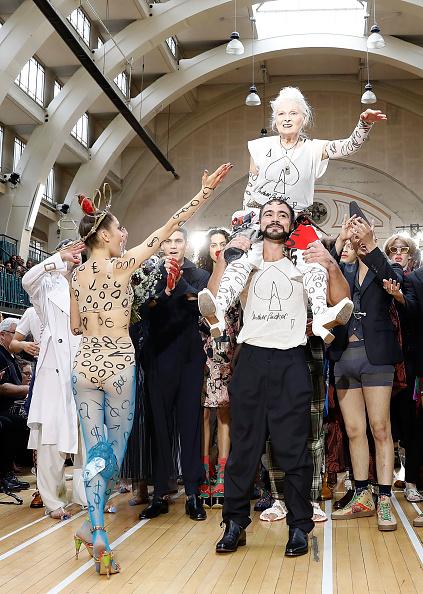 London Fashion Week「Vivienne Westwood - Runway - LFWM June 2017」:写真・画像(15)[壁紙.com]
