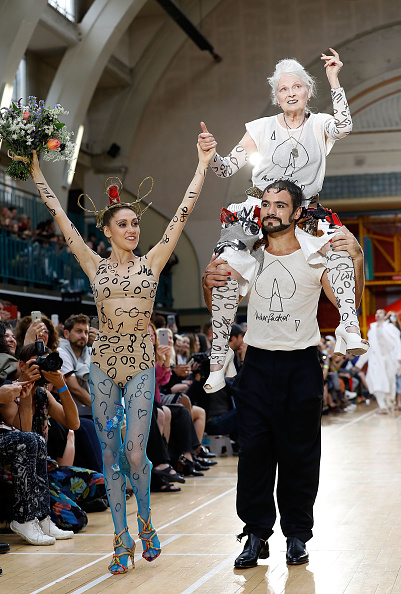 London Fashion Week「Vivienne Westwood - Runway - LFWM June 2017」:写真・画像(1)[壁紙.com]