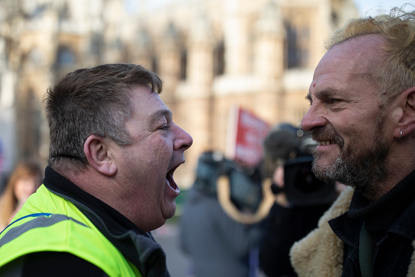 Confrontation「Leave And Remain Brexit Protesters Outside The UK Parliament」:写真・画像(16)[壁紙.com]