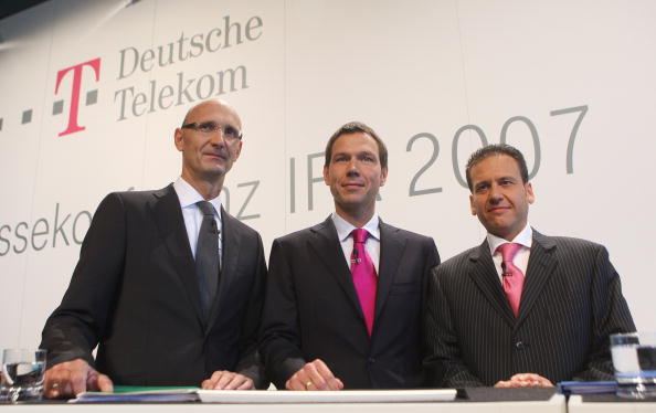 Conference Phone「Deutsche Telekom And T-Mobile Press Conference」:写真・画像(13)[壁紙.com]