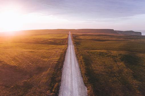 Dirt Road「Road at sunset」:スマホ壁紙(9)