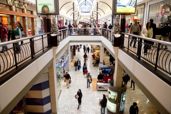 Shopping Mall「Last-Minute Shoppers Rush To Buy Holiday Gifts」:写真・画像(1)[壁紙.com]