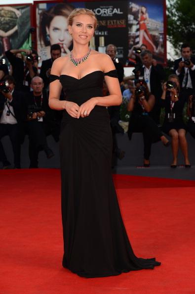 黒「'Under The Skin' Premiere - The 70th Venice International Film Festival」:写真・画像(8)[壁紙.com]