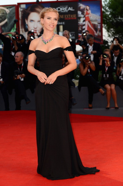 Black Color「'Under The Skin' Premiere - The 70th Venice International Film Festival」:写真・画像(4)[壁紙.com]