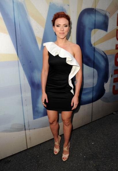 "Form Fitted Dress「Spike TV's 5th Annual 2011 ""Guys Choice"" Awards - Red Carpet」:写真・画像(8)[壁紙.com]"