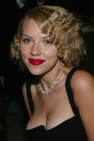 Crimped Hair「2004 Tony Awards Gala After-Party」:写真・画像(6)[壁紙.com]