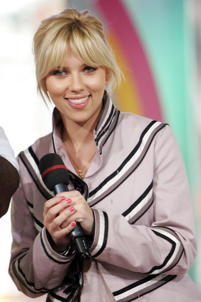 North America「MTV TRL Scarlett Johansson, Michael Clarke Duncan And All-American Rejects」:写真・画像(5)[壁紙.com]