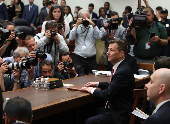 Waiting「Former FBI Counterintelligence Division Deputy Assistant Director Peter Strzok Testifies At House Hearing On 2016 Election」:写真・画像(17)[壁紙.com]