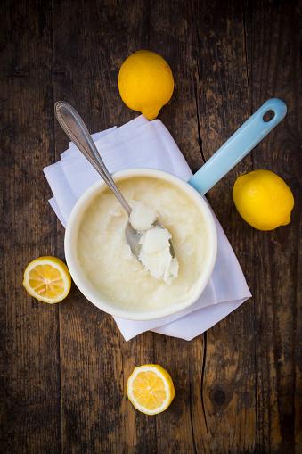 Lemon Sorbet「Saucepan of lemon sorbet made of organic lemons」:スマホ壁紙(8)