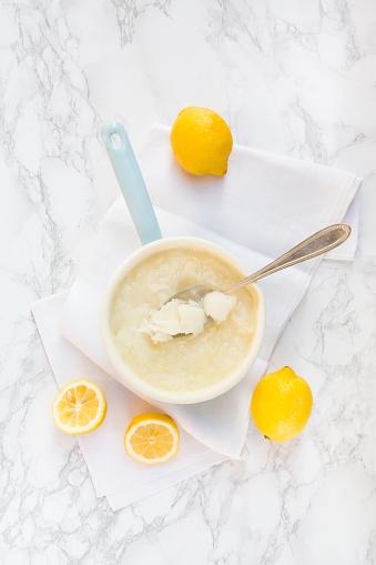 Lemon Sorbet「Saucepan of lemon sorbet made of organic lemons」:スマホ壁紙(18)