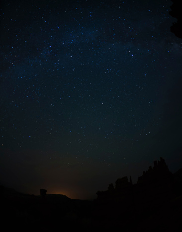 star sky「USA, Utah, Bryce Canyon, Night sky above rocks」:スマホ壁紙(2)