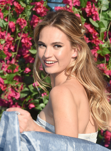 Lily James「Mamma Mia! Here We Go Again World Premiere」:写真・画像(19)[壁紙.com]