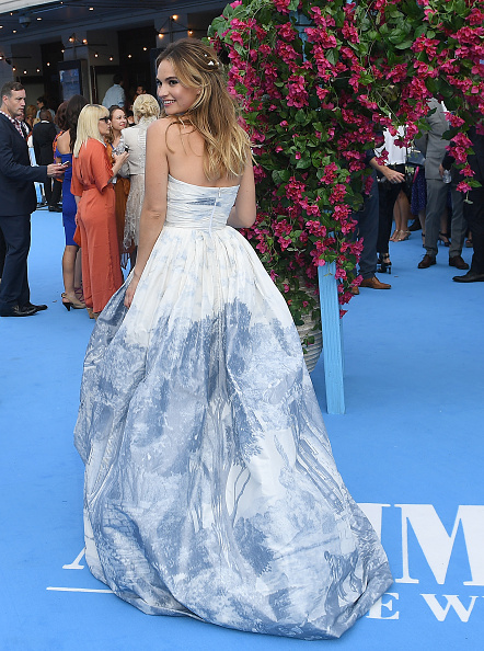肩ごしに見る「Mamma Mia! Here We Go Again World Premiere」:写真・画像(14)[壁紙.com]