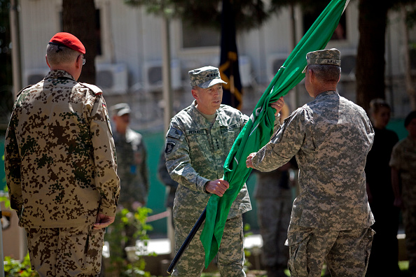 Kabul「General David Petraeus Takes Command Of US And NATO Forces In Afghanistan」:写真・画像(19)[壁紙.com]