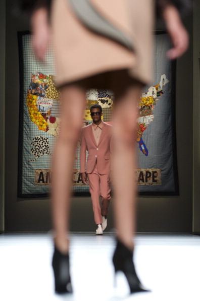 Carlos Alvarez「Mercedes Benz Fashion Week Madrid W/F 2014 - Ana Locking」:写真・画像(5)[壁紙.com]