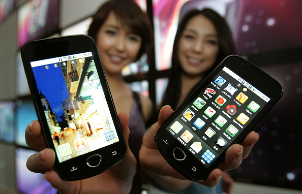 Wireless Technology「Samsung Launch New Smart Phones」:写真・画像(15)[壁紙.com]