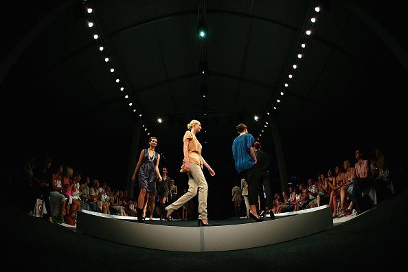 Melbourne Fashion Festival「LMFF 2007 - Day 6: Target Rocks Red Market」:写真・画像(10)[壁紙.com]