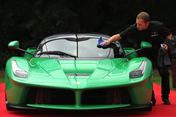 Majestic「The World's Finest And Most Expensive Cars Are Showcased At The Salon Prive Garden Party」:写真・画像(18)[壁紙.com]