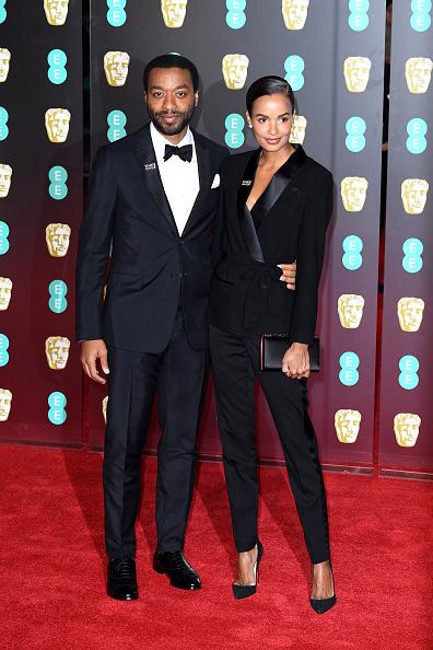 黒「EE British Academy Film Awards - Red Carpet Arrivals」:写真・画像(18)[壁紙.com]