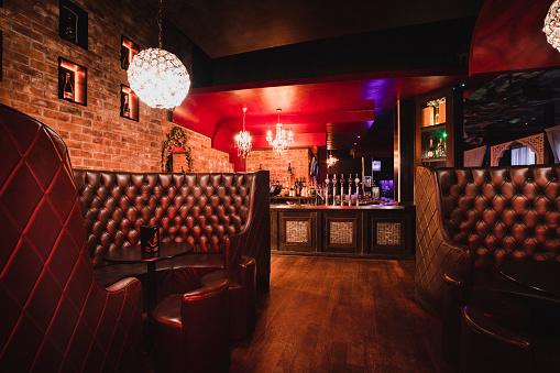 Pub「Empty Nightclub at Night」:スマホ壁紙(7)