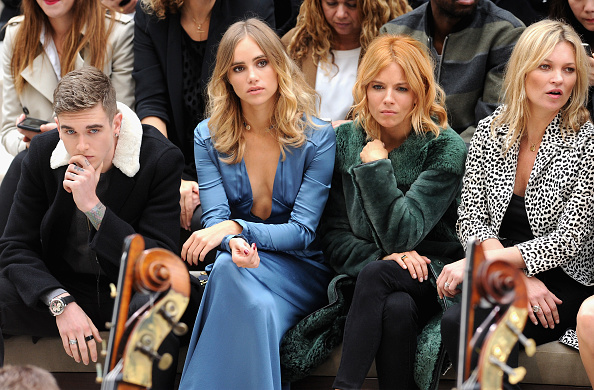 London Fashion Week「Burberry Womenswear Spring/Summer 2016 - Front Row & Runway」:写真・画像(17)[壁紙.com]