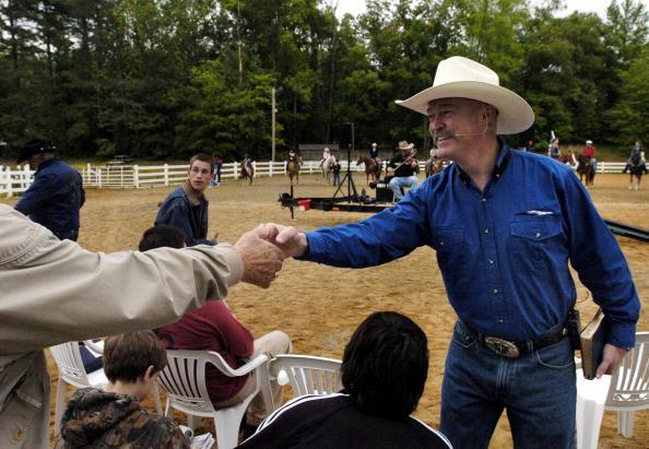 Church「Cowboy Church Comes To North Carolina」:写真・画像(9)[壁紙.com]